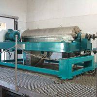 sewage-dewatering-device